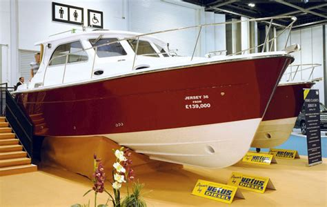 VIDEO: Jersey 36 first look at London Boat Show - Motor