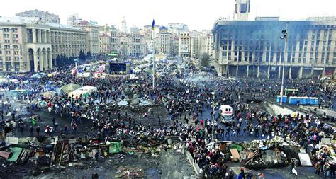 After Bloodiest Day in Kiev, EU Tries to Broker Peace