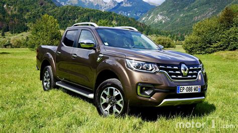 """Essai Renault Alaskan (2017) - Le pick-up """"made in France"""""""