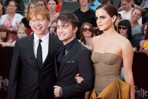 A Harry Potter cast WhatsApp group exists in real life (we