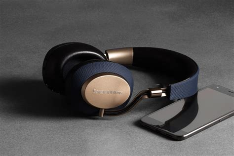 Bowers & Wilkins PX headphones review   TechHive