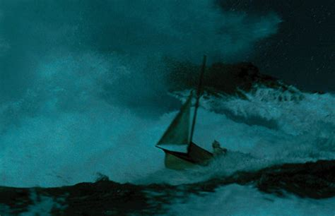 Where The Wild Things Are: FILM STILL: Max in the boat