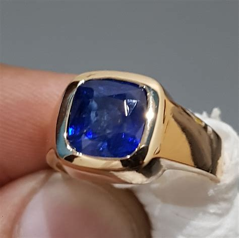 Top quality Mens Royal Blue Sapphire Ring Gold Sapphire